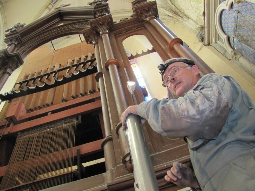 Olivier Robert lors de la restauration